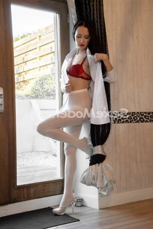 Bertrane rencontre échangiste escort girl